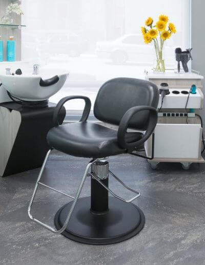 hydraulic chair for shampoo and styling